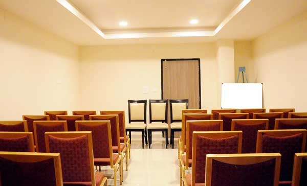 hotel-athidhi-grand-conference