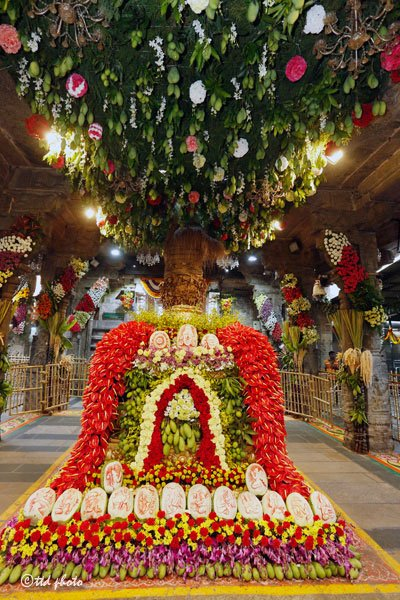 ugadi-asthanam-flower-decoration-tirumala