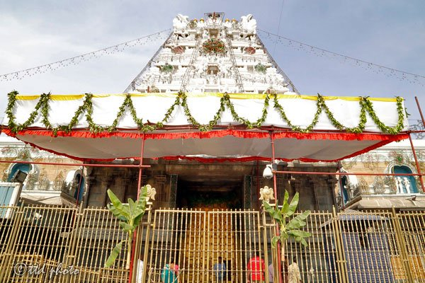 Tirumala-temple-doors-closed
