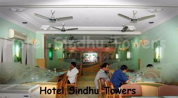 Hotel-Sindhu-Towers-Dininghall